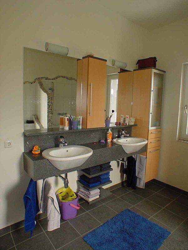badezimmer wc. Black Bedroom Furniture Sets. Home Design Ideas